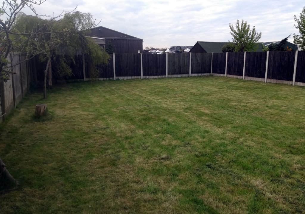 Detached bungalow with gardens available to rent